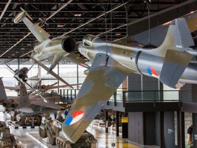 Bezoek het Nationaal Militair Museum...