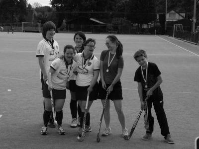Bezoek aan laatste seizoenstraining van MHC Soest L&G hockey